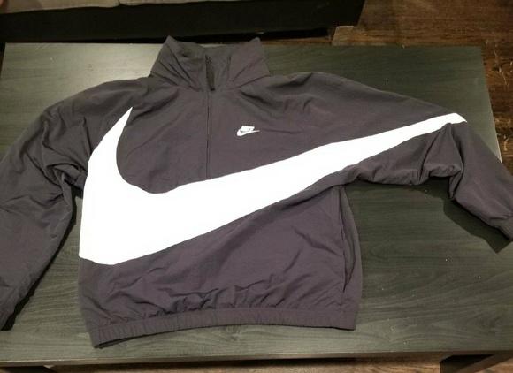dbe43e32c6 Nike Anorak Big Swoosh Windbreaker Jacket. M 5aea9dc65521be09a8263e84
